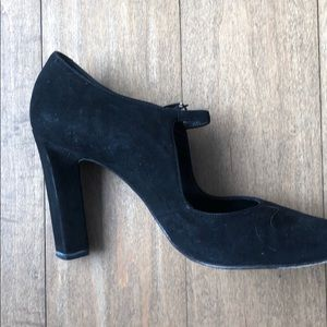 Richard Tyler high heel black suede shoes